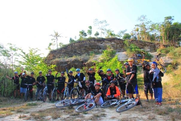 Polygon Ajak Komunitas Sepeda Berwisata Sepeda ke Pangandaran