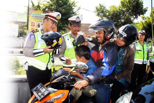 Penertiban Penggunaan Helm di Pangandaran Efektif Mulai Maret