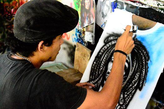 Intip Pembuatan Kaos Airbrush Pangandaran