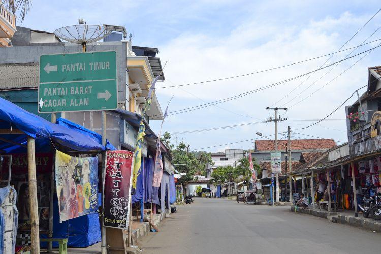 Jalan-Jalan di Jalan Kidang Pananjung