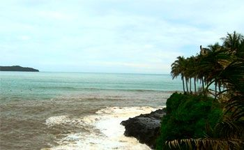 Pesona Pantai Palataran Agung dan Pantai Karapyak