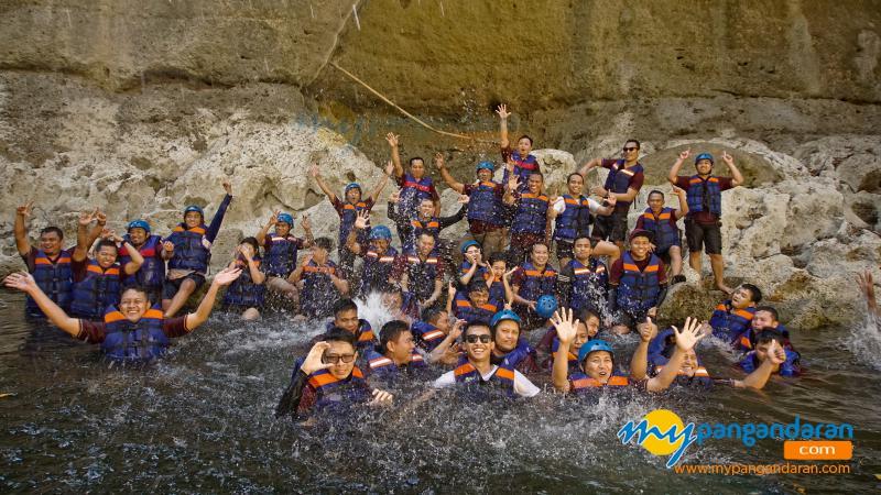 7 Tips Aman Saat Body Rafting di Pangandaran