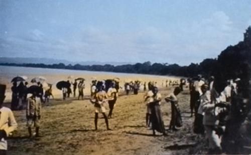 Beginilah Suasana Orang Berlibur di Pantai Pangandaran Sebelum Indonesia Merdeka