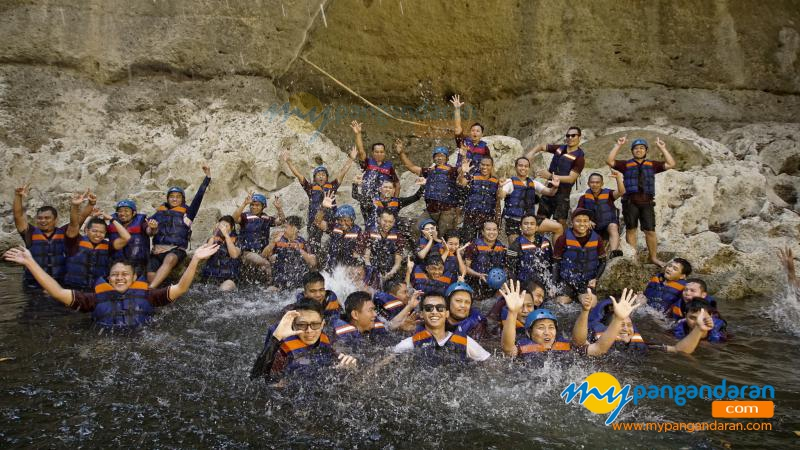 Hilangkan Stres Rutinitas Pekerjaan, Yuks Body Rafting di Sungai Ciwayang Pangandaran