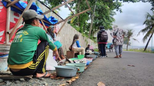Pasar Ikan Dadakan di Pantai Timur Pangandaran