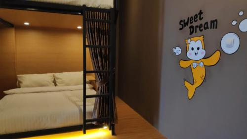 Hotel Kapsul untuk Backpaker , Hadir di Pangandaran