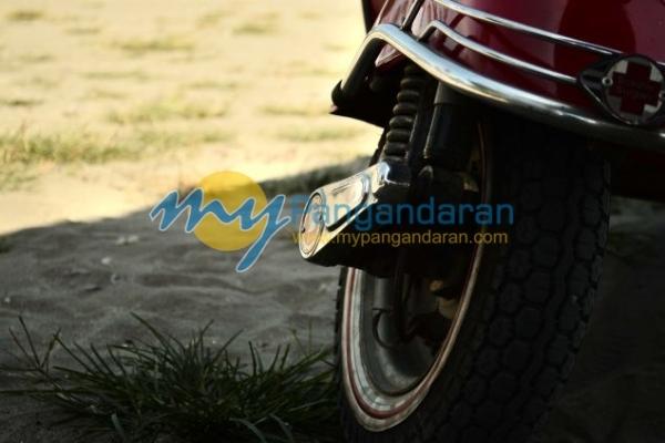 Pangandaran Lautan Scooter 2013