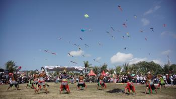 Dokumentasi Foto Kemeriahan Pangandaran International Kite Festival 2019