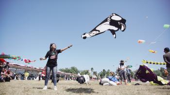 Dokumentasi Foto Kemeriahan Pangandaran International Kite Festival 2019