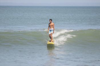 Dokumentasi Surfing Sebagai Kegiatan Balawista Pangandaran Saat PPKM