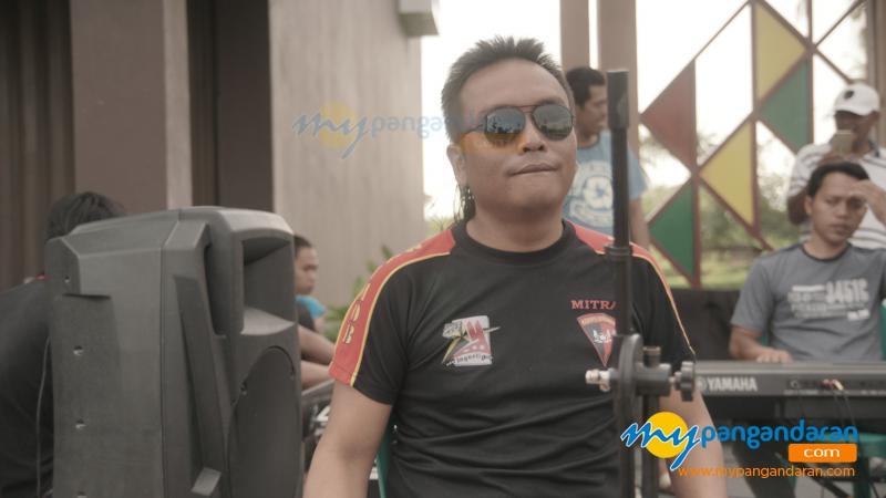 Ngabuburit Sambil Dangdutan di Grand Pangandaran