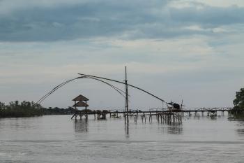 Potret Indahnya Pemandangan Sungai Cijulang