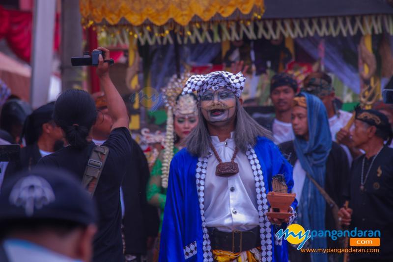 Tradisi Hajat Laut 2019 Masyarakat Basisir Pangandaran
