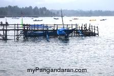 Perahu Nelayan Merana, Tertambat di Pinggir Cagar Alam