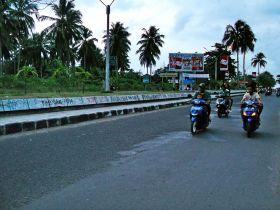 Ramainya Ngabuburit Di Jalan Tol Pangandaran