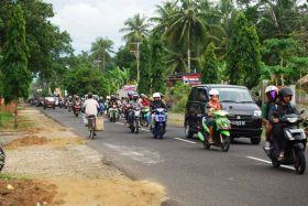 Galeri Antrian Kendaraan Mengular 2 KM jelang Masuk Gerbang Pantai