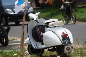 Potret Event 19th Annivesary Vespa Antique Club di Pangandaran