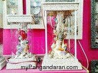 Dedebagong Art Shop Gallerry