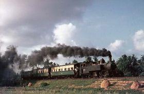 Kereta Kuik - Menelusuri Jalur Kereta Banjar - Pangandaran - Cijulang Yang Telah Mati