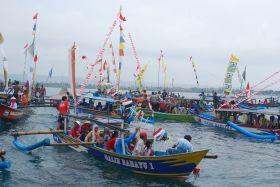 Dokumentasi Hajat Laut Pantai Barat Pangandaran Berlangsung Cukup Meriah