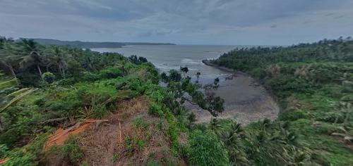 Keindahan Panorama 360 Teras Kaca Pantai Karapyak Pangandaran