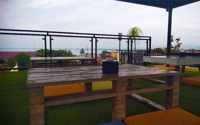 A&R Resto dan Cafe