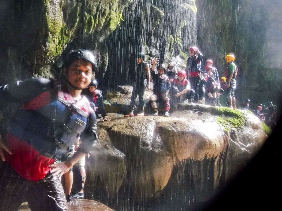 Full Body Rafting Green Canyon