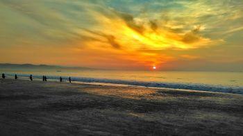 Golden Sunrise Februari 2016