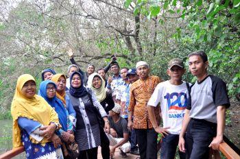 Kunjungan LPTQ Cirebon ke Mangrove