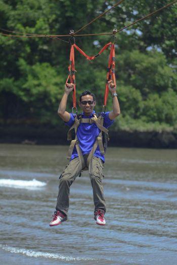 Mencoba Adrenalin di Flyingfox Pangandaran Adventure