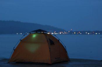 Menikmati Pengalaman Baru Camping di Kawasan Mangrove