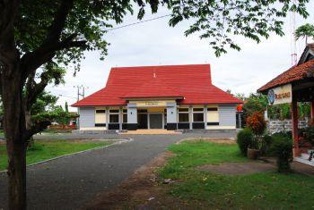 Menunggu Beroperasinya Tourism Information Centre (TIC) Pangandaran