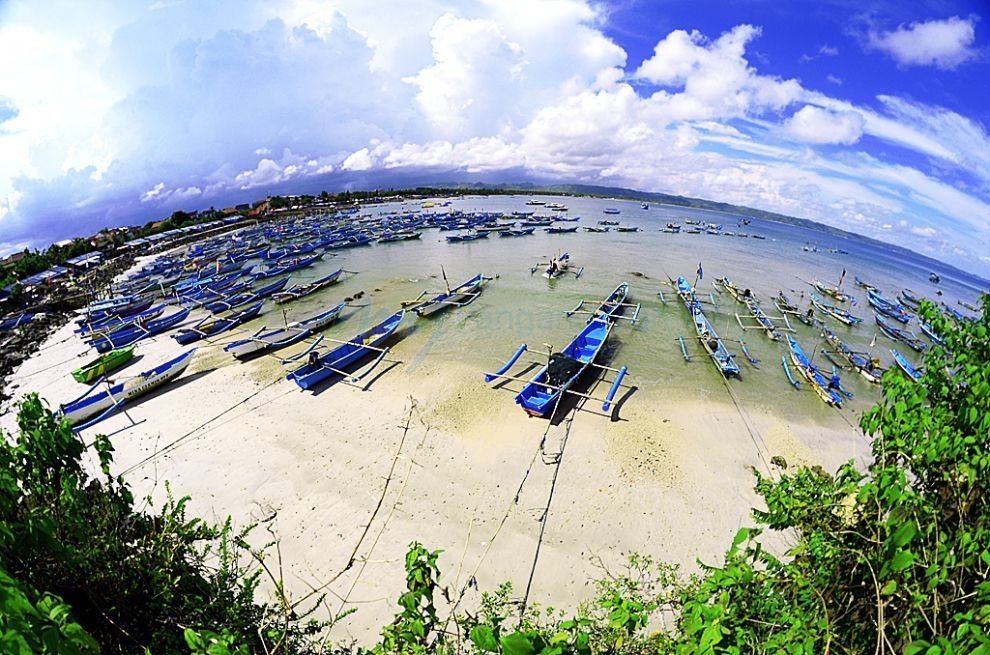 Pantai Timur Pangandaran Dalam Lensa Fisheye