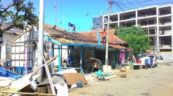 Relokasi Pusat Oleh-Oleh Pantai Timur