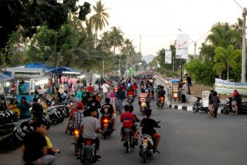 Serunya Ngabuburit di Boulevard Pangandaran