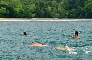 Snorkling Pantai Barat Pangandaran