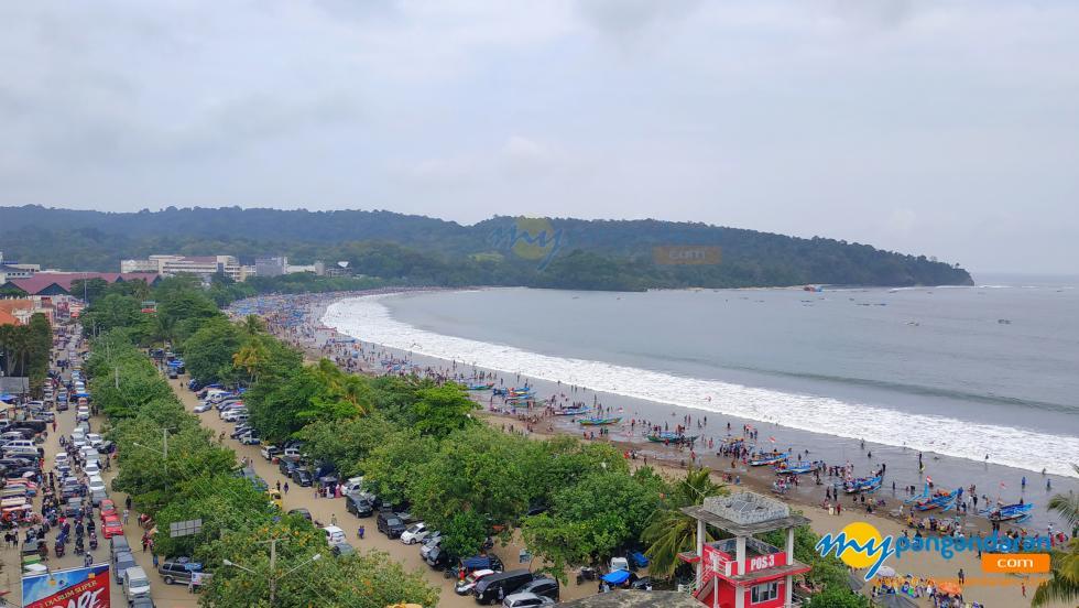 Potret Suasana Libur Lebaran H+2 di Pantai Pangandaran