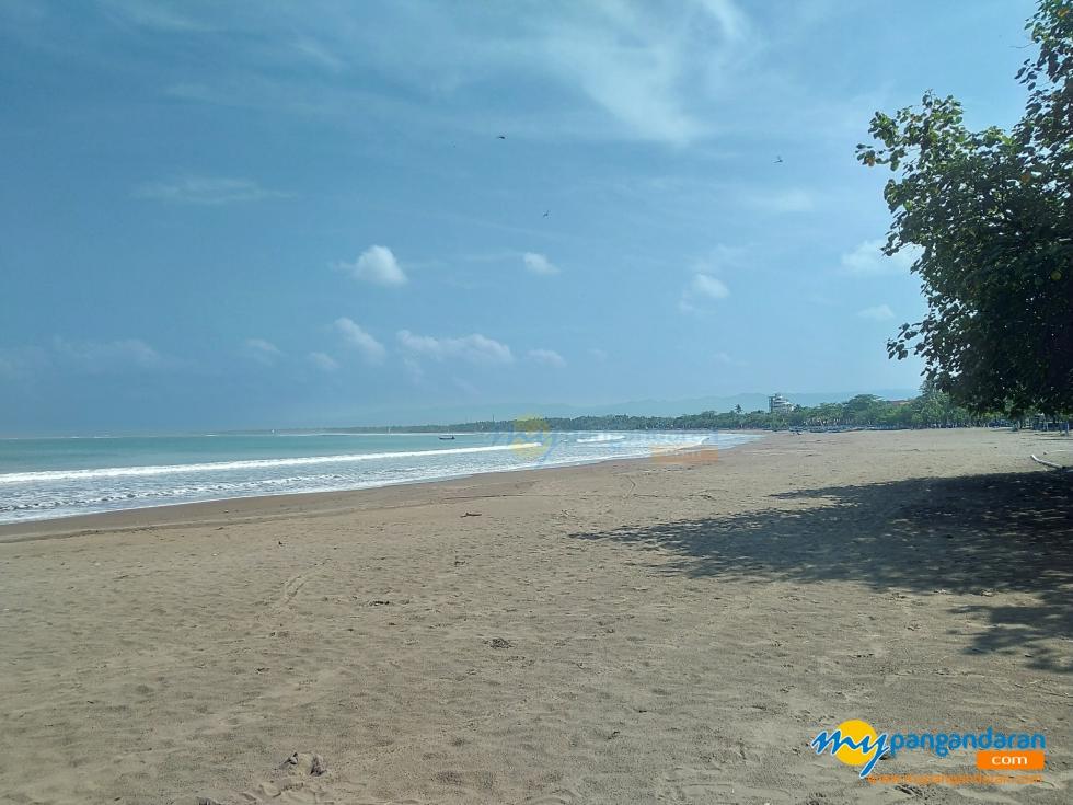 PPKM Darurat Jawa-Bali Berlaku Hari Ini, Pantai Pangandaran Sepi Pengunjung