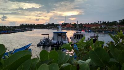 Senja di Pelabuhan Cikidang Pangandaran
